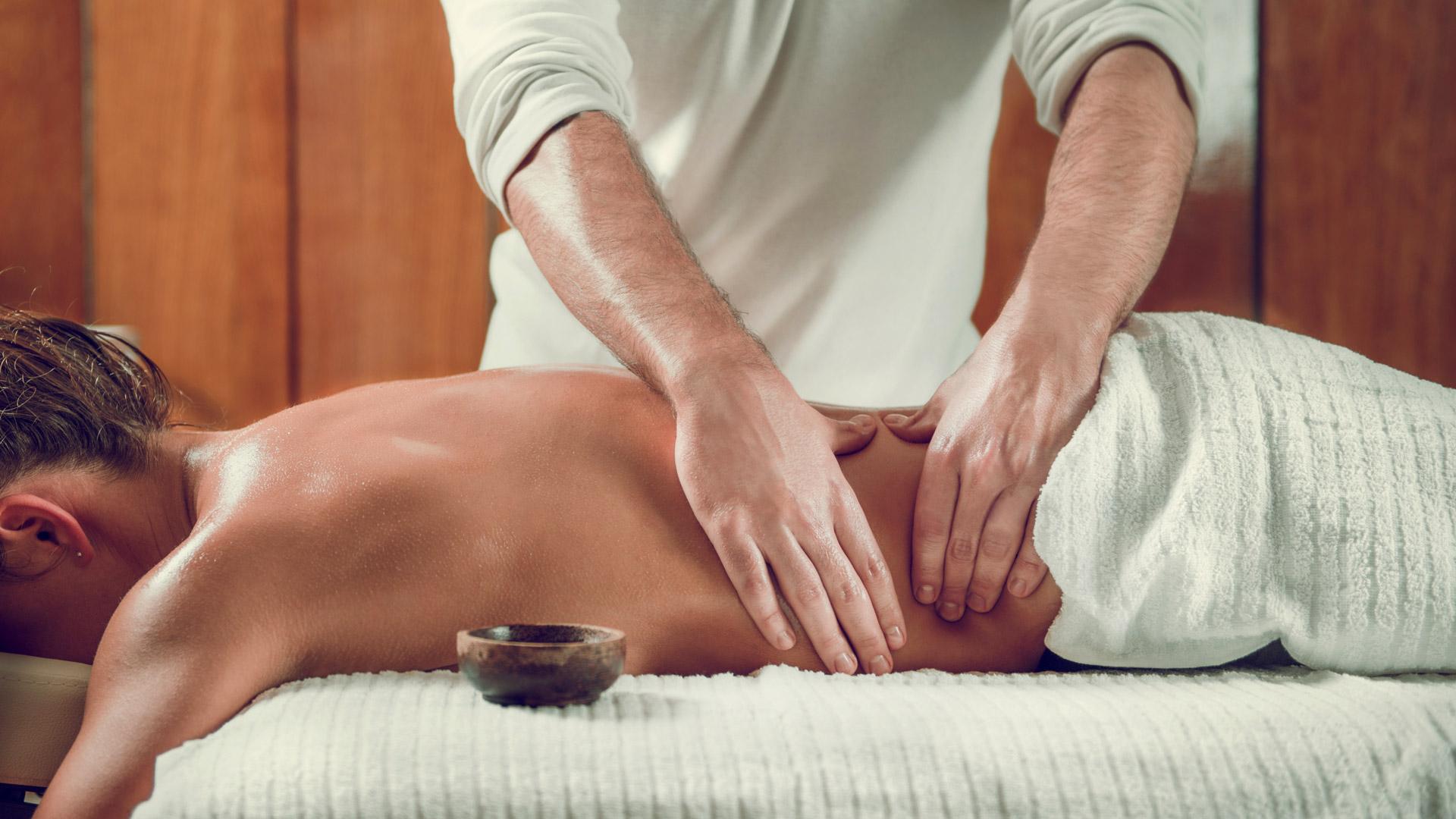 Женщины делают массаж женщинам смотреть онлайн, японку на работе порно